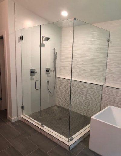 Frameless Glass Shower
